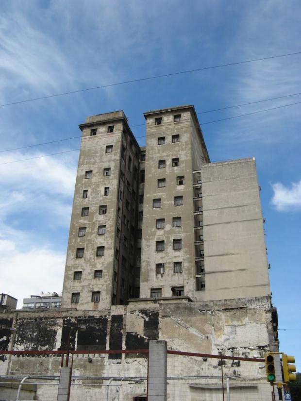 Postales charrúas III: Montevideo, capital de Corea (del sur)