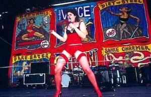 Peaches en vivo en Unione e Benevolenza 2003